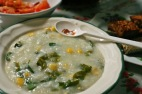 Bubur Manado, penuh sayuran